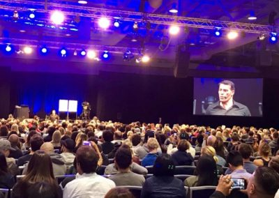 Speaking at the National Achievers Congress in Sydney right before Tony Robbins 4/4